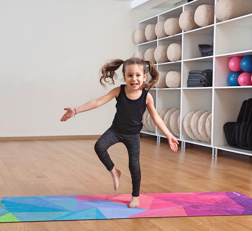可愛いキッズヨガマットが発売されました - Yoga Design Lab