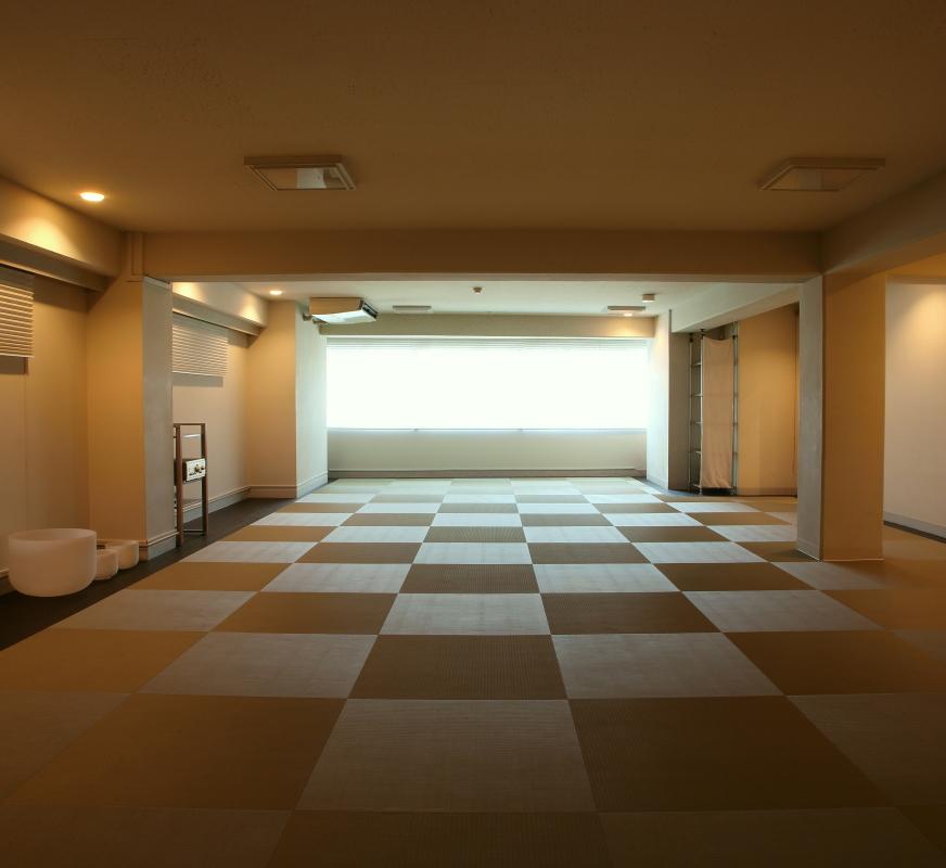 綿本ヨーガスタジオ - 心に効かせる瞑想ヨガスタジオ